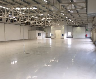 2000 sq.m. warehouse to let